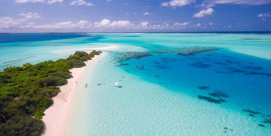 beautiful-tropical-ocean-sandy-beach